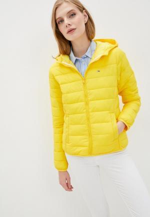 Куртка утепленная Tommy Jeans. Цвет: желтый