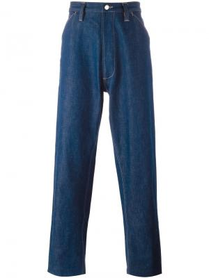 Широкие джинсы Chore E. Tautz. Цвет: синий