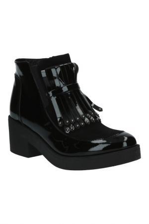 Ботинки BENTA. Цвет: черный комби