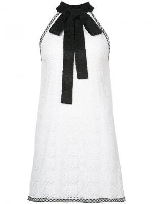 Платье с бантом Alexis. Цвет: белый