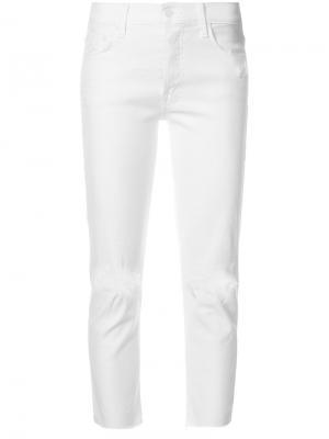 Укороченные состаренные джинсы Mother. Цвет: белый