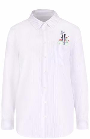 Хлопковая блуза в полоску с контрастной вышивкой Equipment. Цвет: голубой