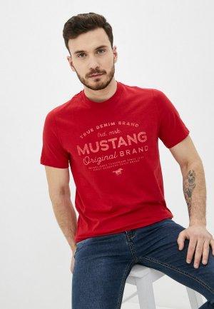 Футболка Mustang. Цвет: красный