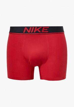 Трусы Nike. Цвет: красный