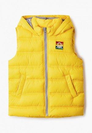 Жилет утепленный United Colors of Benetton. Цвет: желтый