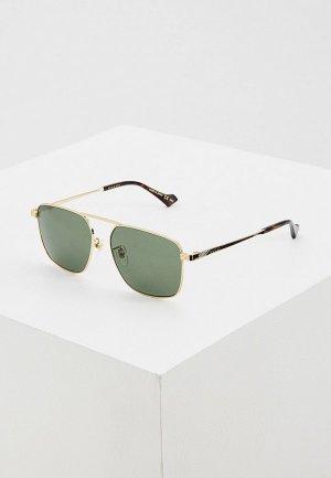 Очки солнцезащитные Gucci. Цвет: зеленый
