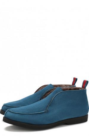 Замшевые ботинки без шнуровки с внутренней меховой отделкой Kiton. Цвет: бирюзовый