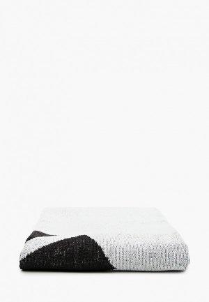 Полотенце adidas. Цвет: белый