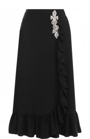 Однотонная юбка-миди с оборкой и декоративной отделкой Christopher Kane. Цвет: черный