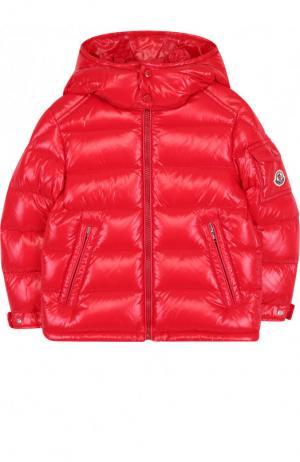 Стеганая куртка на молнии с капюшоном Moncler Enfant. Цвет: красный