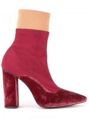Ботинки с заостренным носком Lalo. Цвет: красный