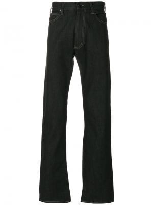 Расклешенные джинсы с контрастной строчкой Armani Jeans. Цвет: чёрный