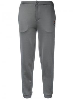 Спортивные брюки с полосками сбоку Jo No Fui. Цвет: серый