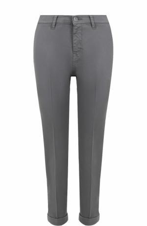 Укороченные хлопковые джинсы прямого кроя Two Women In The World. Цвет: серый