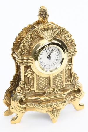 Часы маленькие Stilars. Цвет: золотой
