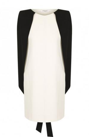 Мини-платье с контрастным кейпом Givenchy. Цвет: кремовый
